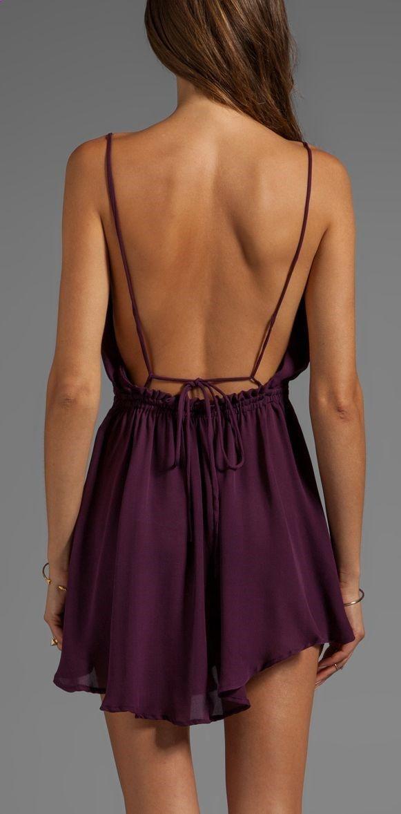 Backless dress... I ♡♡♡ the color!!