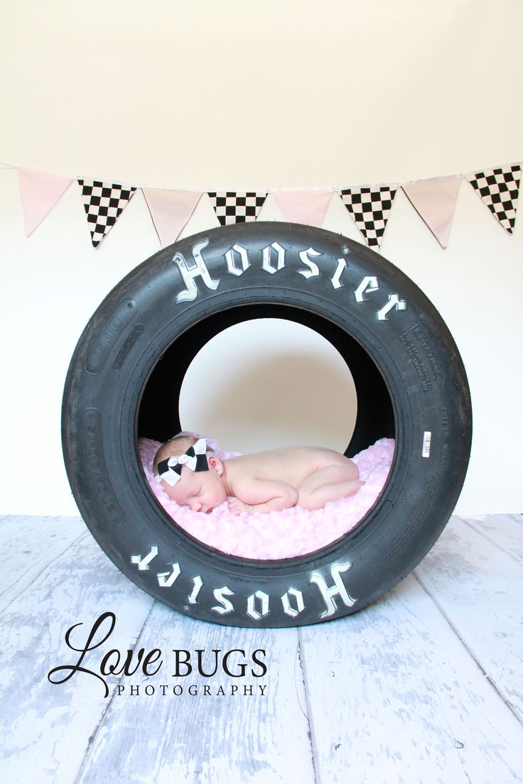 LOVE this except i would have my baby in a mud tire!!!! Should of done this w. A-Mae!