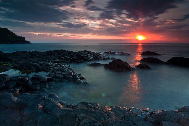 世界遺産 ジャイアンツ・コーズウェーとコーズウェー海岸 ジャイアンツ・コーズウェーとコーズウェー海岸の絶景写真画像  イギリス
