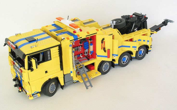 lego man tgx tow truck lego lego truck lego s lego. Black Bedroom Furniture Sets. Home Design Ideas