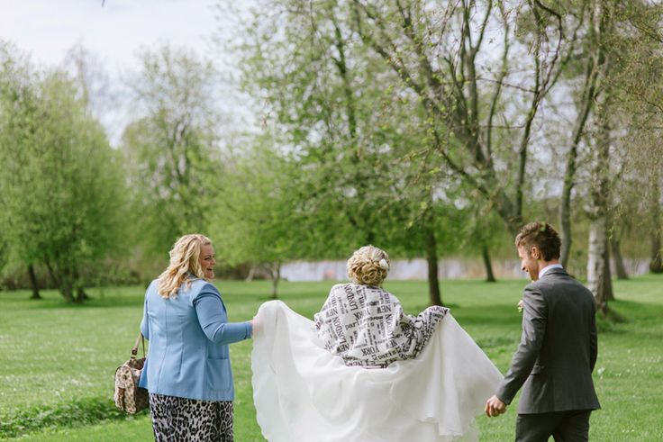 Elegant and classic spring wedding. Wedding photography Julia Lillqvist |  | http://julialillqvist.com