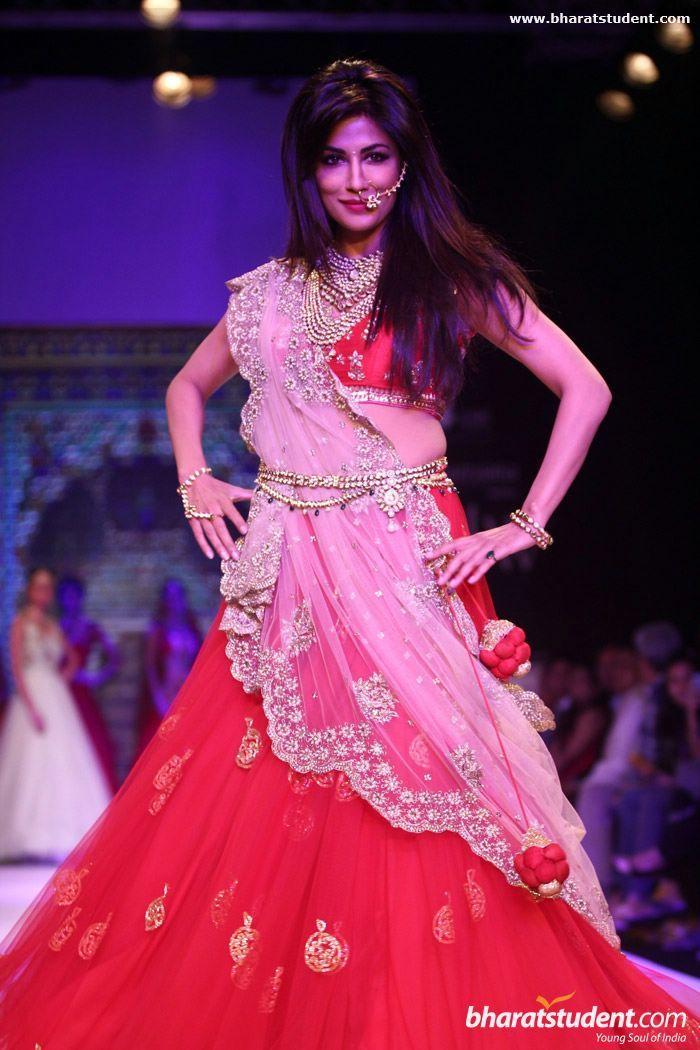 Chitrangada Singh at Moni Agarwal Presented by SGL Show at IIJW 2014 - Day - 1 #lehenga #choli #indian #hp #shaadi #bridal #fashion #style #desi #designer #blouse #wedding #gorgeous #beautiful