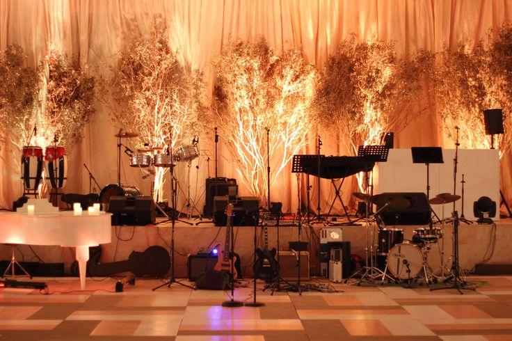 ¡Música de piano, que acompañada de otros estilos puso a todos a bailar!