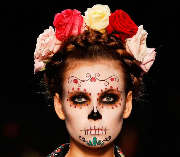 25 best ideas about candy skulls on pinterest sugar candy skulls sugar scull and skull candy - Maquillage halloween mexicain ...