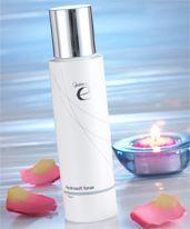 Fuktgivande toner med fruktextrakt och E-vitamin   En vatten- och mjölkbaserad toner som rengör och drar ihop porerna, toniserar huden genom att tränga in sig i de djupastliggande delarna. Tack vare dess fuktgivande komponenter blir huden smidig vilket ger en otroligt behaglig känsla. http://kaffe.dxninfo.com/products
