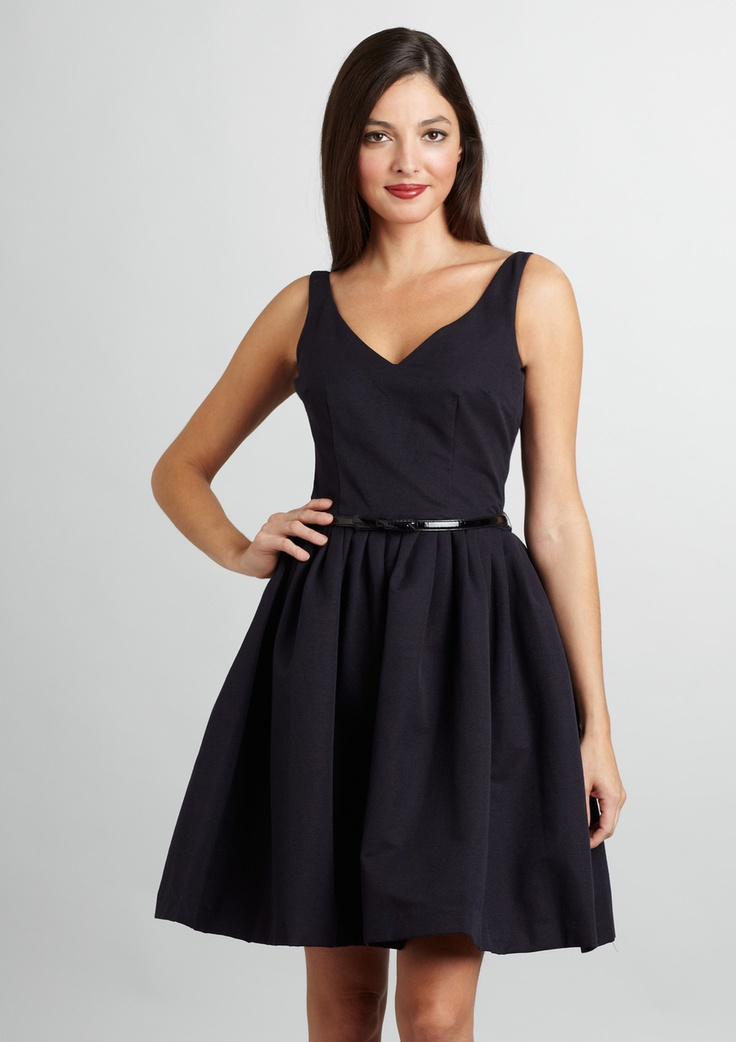 Cocktail Dresses for Fancy Dinners