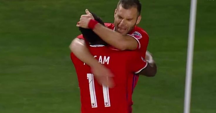 Watch full highlights from LA Galaxy and Chicago Fire.