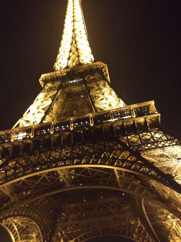 La Tour Eiffel à nuit