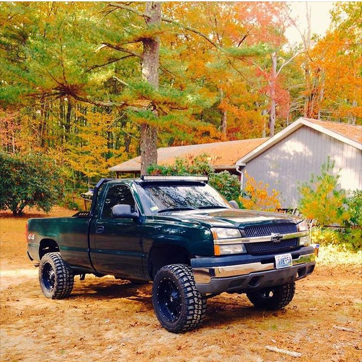 """2003 Silverado 1500 Owner: @alexbestwick21 ➖➖➖➖➖➖➖➖➖➖➖➖➖➖ #Chevy #Chevrolet #Chevrolet_247 #Silverado #4x4 #LiftedTruck #Truck"""