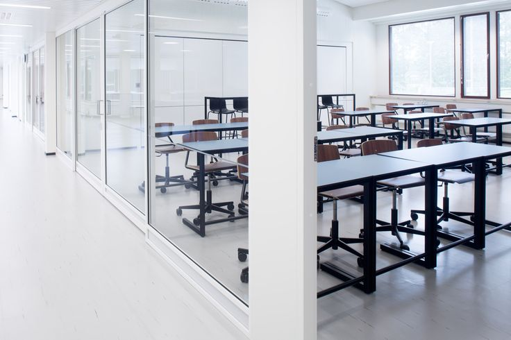 Class room design at historical Tapiola school and high school / Sistem Interior Architects