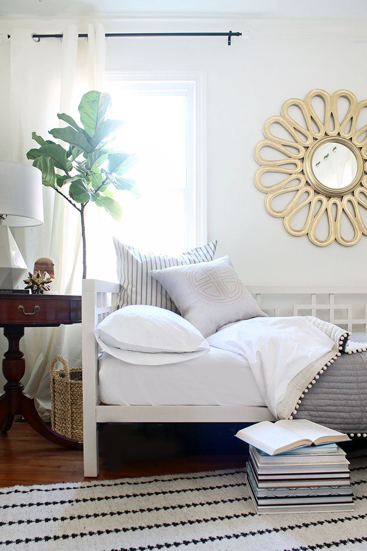 Home bedroom guest room hide a bed cabinet - Combine A Guest Bedroom And Home Office In Style