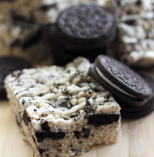 Oreo Rice Krispies ~ mmm so easy, unique, and sounds delicious! just add oreos to the rice crispies before adding the melted marshmallows and butter!
