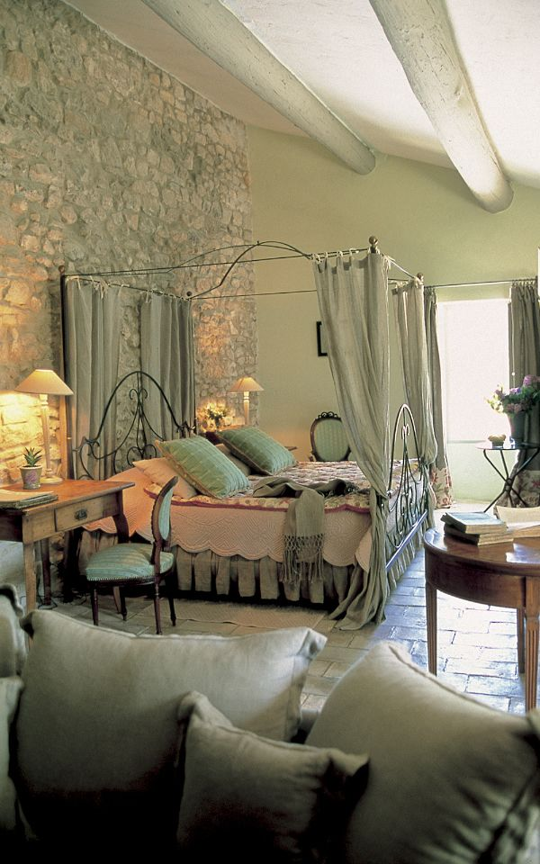Pack Your Bags: La Bastide de Marie awaits! | cinda b blog - yet another shade of colour, unusal for the shade effects on the wall
