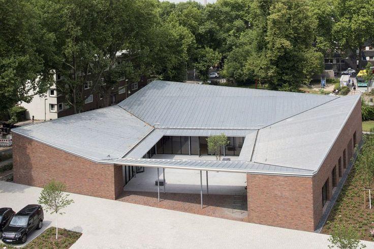 37/366 Kindergarten Cassarate, 2007 2014, Lugano, Schweiz Bruno Fioretti  Marquez Architekten   Architecture   Pinterest   Lugano, Kindergarten And  ...