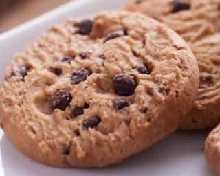 Cookies light au Coca-Cola® Zéro et pépites de chocolat sans matière grasse : http://www.fourchette-et-bikini.fr/recettes/recettes-minceur/cookies-light-au-coca-colar-zero-et-pepites-de-chocolat-sans-matiere