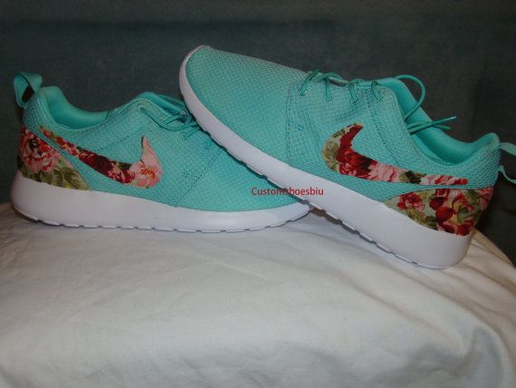 970f27cc81be Nike Roshe Run Print Green White Womens Running Shoes