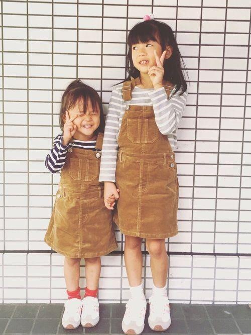 コーデュロイジャンパースカート          ❌ 色違いのボーダー ウチの娘さんたちが、ラブアン