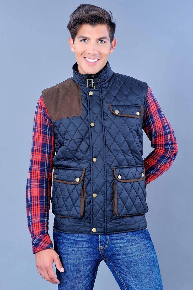 Con este chaleco acolchado además de protegerte del frío podrás armar tu outfit y lucir formal o casual.
