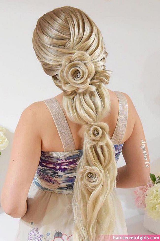 Rose Style Braid Braided Hairstyles Hair Styles Long Hai Rose Style Braid Braid In 2020 Hair Styles Long Hair Styles Cool Hairstyles