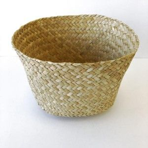 This handmade Seagrass Basket is perfect for gift giving, organising your desk, holding keys & change or for small gift hampers. Made completely from natural fibres, it is biodegradable and fair-trade. Each basket is unique and handcrafted in Northern Vietnam.