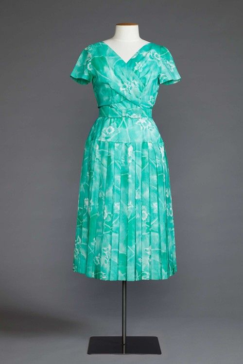 1960s pleated day dress