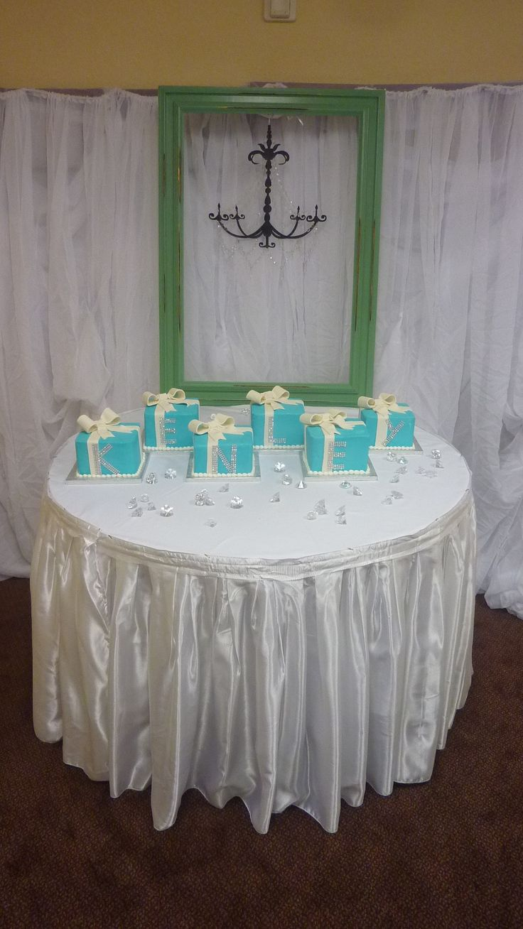 Breakfast At Tiffany.. Cake Idea To Reveal Babyu0027s Name.