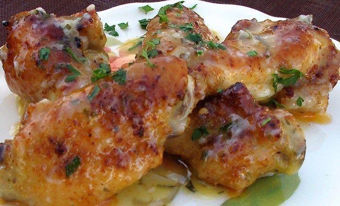 Crispy Wings In a Lemon Garlic Butter Sauce