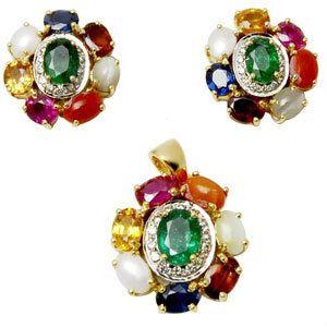 Navratna Raashiratan Gold Pendant And Earring
