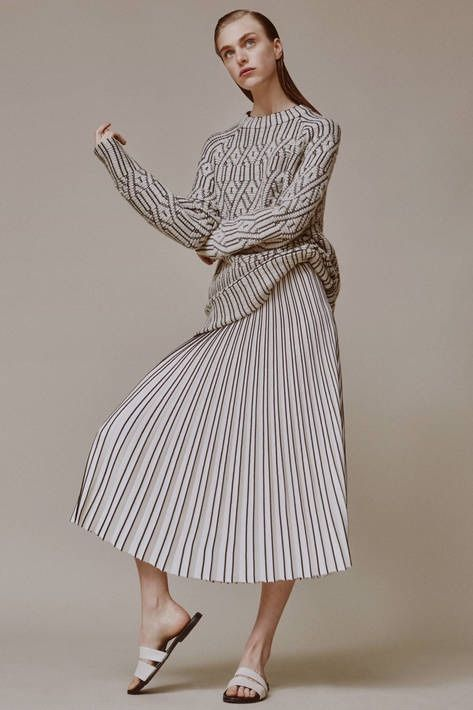 Geometric sweater & skirt with graphic pleats; contemporary fashion // Ph. Charlotte Wales