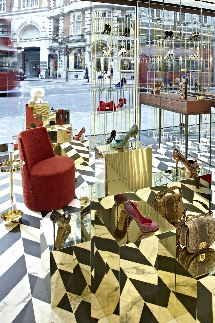 Sergio Rossi chose LEA armchairs by Casamilano for its fashion boutiques worldwide.  Sergio Rossi ha scelto la poltroncina LEA di Casamilano per arredare le sue boutiques nel mondo.  Courtesy of: Sergio Rossi  #sergiorossi #casamilano #luxury #boutiques