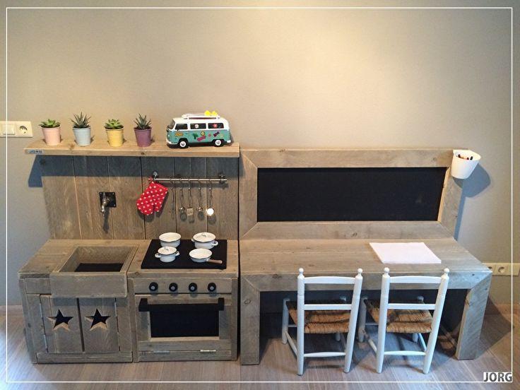 Doe-Het-Zelf bouwpakket combi kinderkeuken en kinderspeeltafel met krijtbord steigerhout Voorraad artikel (23220161034)