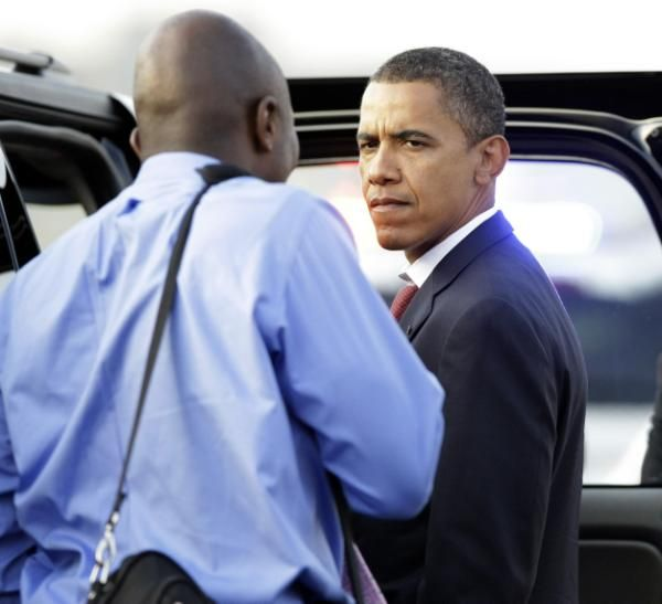 """When he's mad, President Barack Obama gets...eerily quiet, so says Reggie Love, the former personal aide to the President in his book """"Power Forward: My Presidential Education."""""""