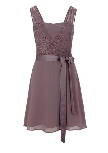 kleid mit spitze im layer look kaufen s oliver shop kleider