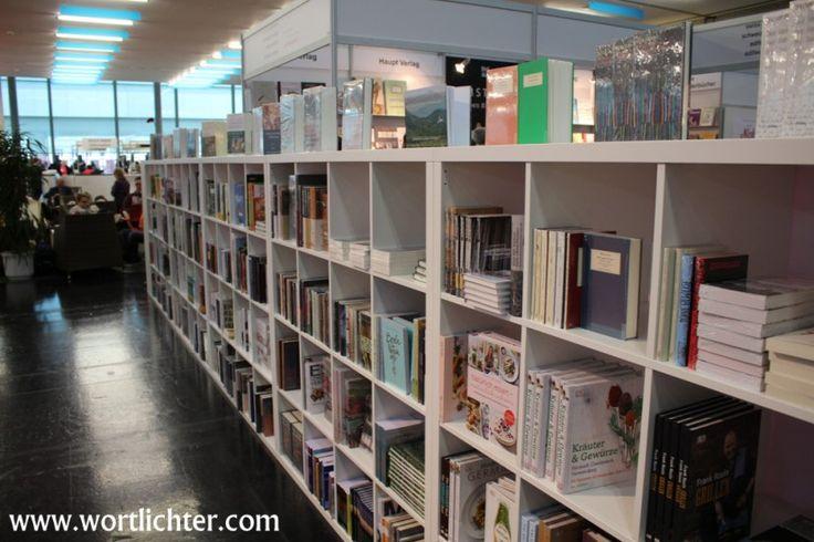 Buch Wien Bücherregal  #Buchmesse #Bücher #Bücherregal