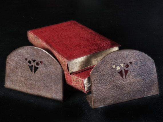 Antique hammered copper Stickley-style Craftsman bookends. NOT Reproductions, circa 1900-1910. PAIR (2) Handcrafted, not machine-stamped. Pierced geometric