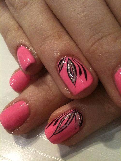 uñas rosa diseño de hojas