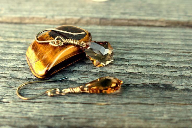 Crystal Earrings, Swarovski Crystal, Dangle earrings, topaz jewelry, Crystal jewelry, Sterling Silver, November birthstone, triskell design di TriskellDesign su Etsy