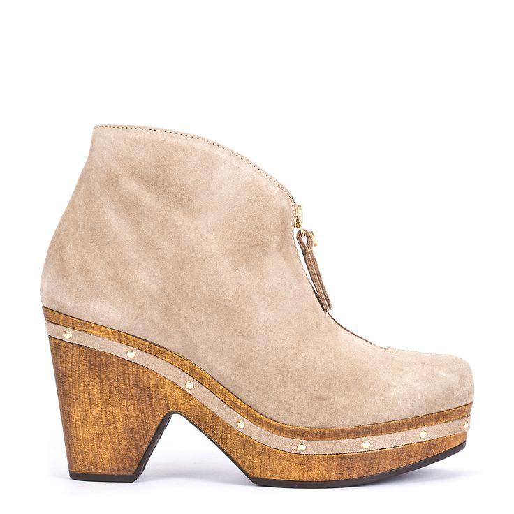 #zapatos #botín #plataforma de la nueva colección #AW de #pedromiralles en color #beige #shoponline
