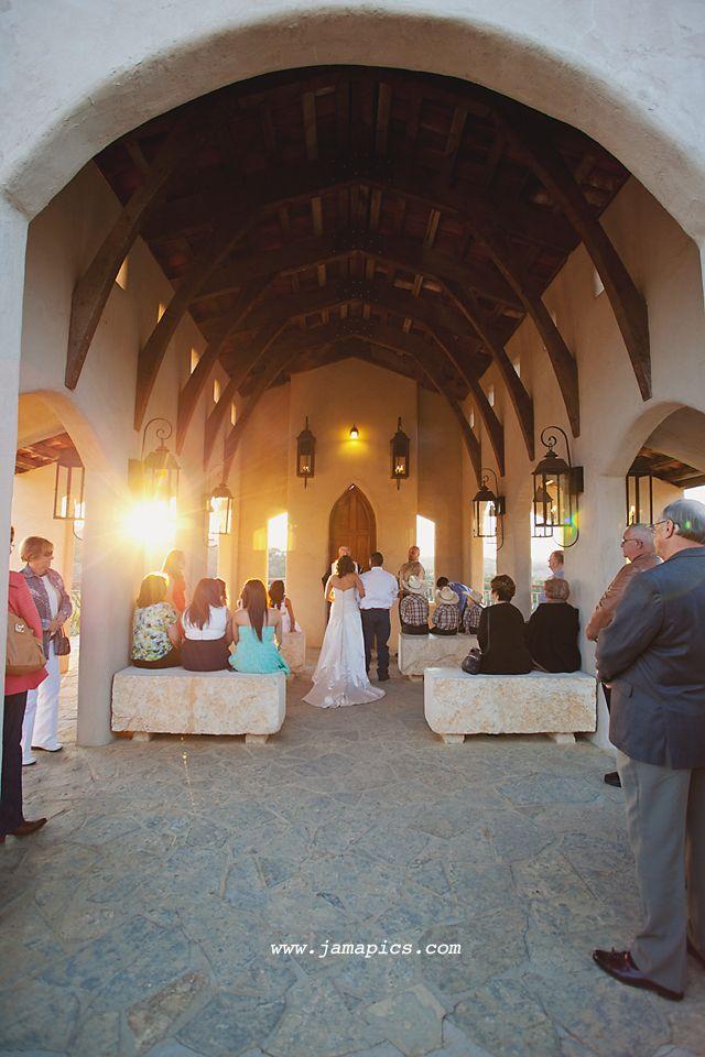 Chapel Dulcinea Wedding Austin Texas Www Jessicamonnichphotography Blog Pinterest Свадебные часовни Свадьба и Блог