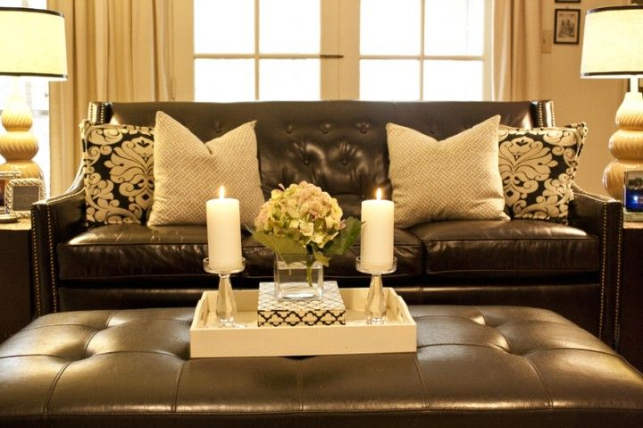 Decorative Pillows For Dark Brown Sofa : pillows-black white damask with brown leather sofa , love the white hydrangea BROWN SOFA ...