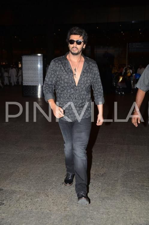 Arjun Kapoor Makes A Dapper Appearance At The Mumbai Airport | PINKVILLA