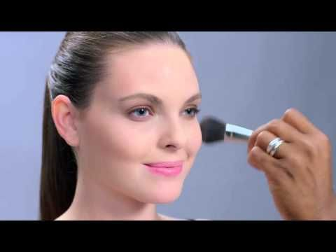 Get a polished, everyday look with these easy steps from Mary Kay Global Makeup Artist Gregg Brockington!