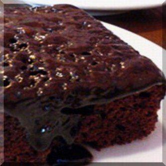 ΚΕΙΚ ΣΟΚΟΛΑΤΑΣ ΜΕ ΚΟYΒΕΡΤΟΥΡΑ Ένα κέικ που μπορεί να το φτιάξει ακόμα και ένας αρχάριος!