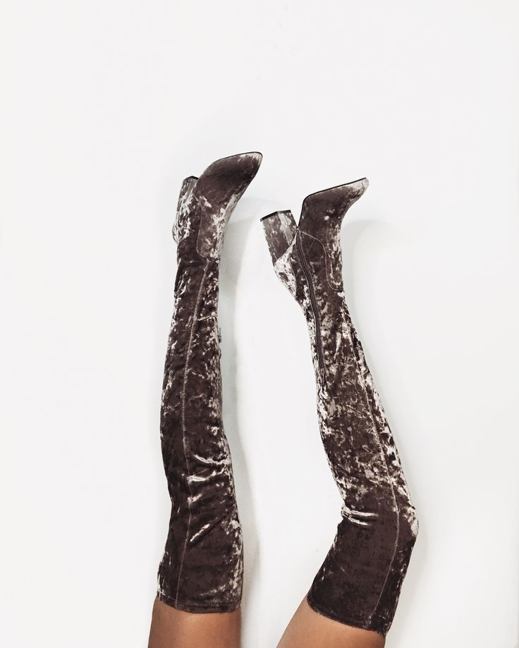 If there's one trend to try this Fall, it's velvet EVERYTHING. From boots to…