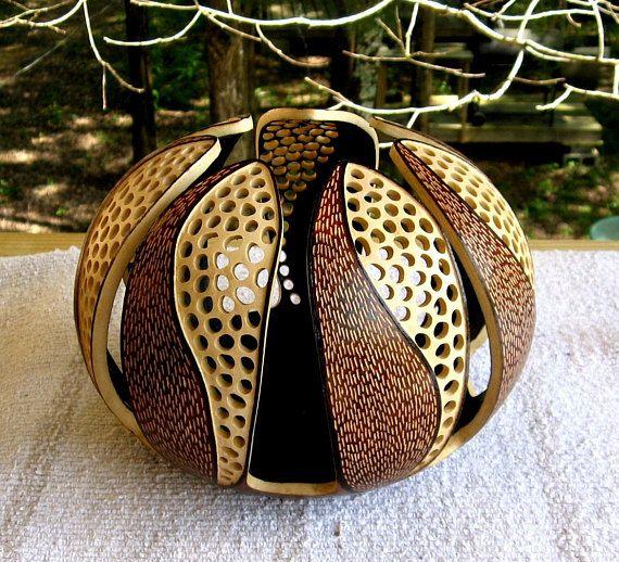 Contrasts Gourd Art