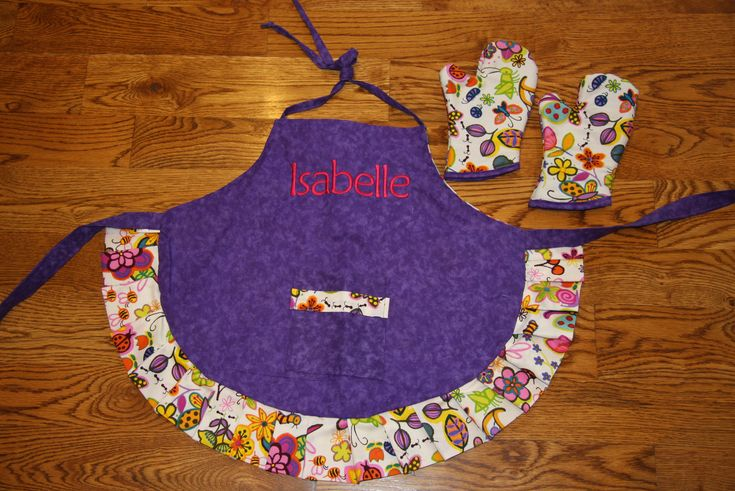 Custom made to order aprons at Red Bobbin Designs on Etsy.  Order now for Valentines Day!!