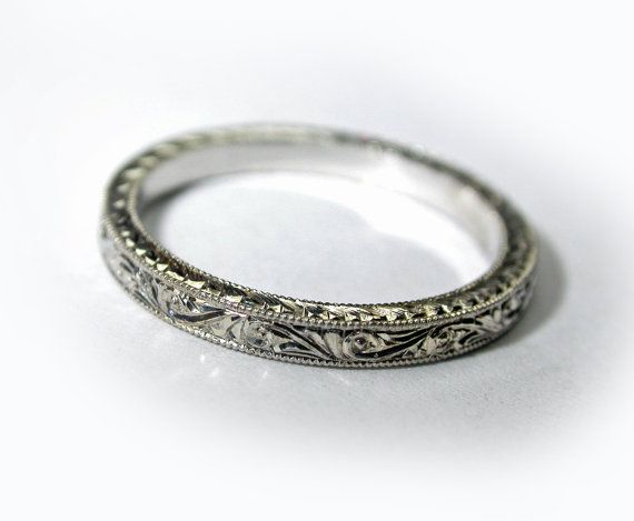 SALE!!! Hand Engraved Art Deco Style Thin Platinum 950 Wedding Band. 2 mm wide. Engagement.