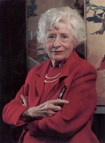 Ngaio Marsh is probably my all-time favorite author.  A contemporary of Agatha Christie, Marsh also wrote mysteries but with more humor than Christie usually demonstrated. (Agree!)