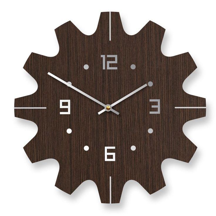 Wooden Wall Clock Design Ideas