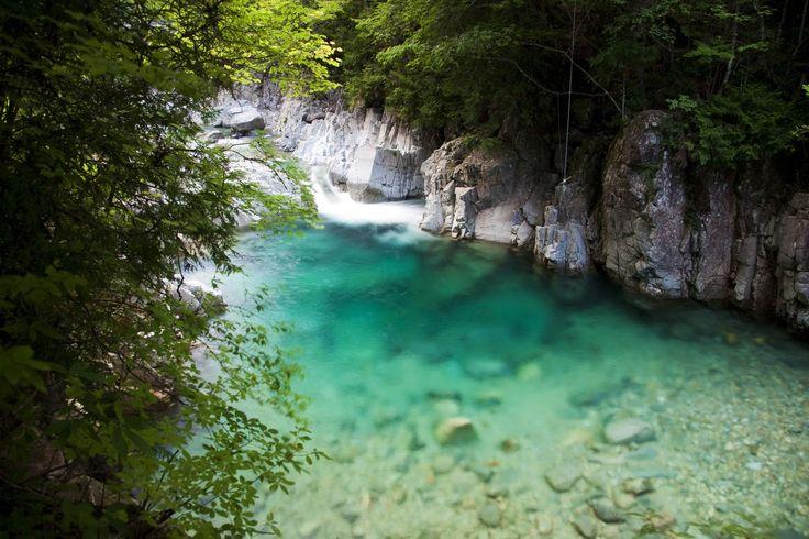 長野の天国のような絶景しってた?長野の「阿寺渓谷」が神秘的すぎる 1枚目の画像